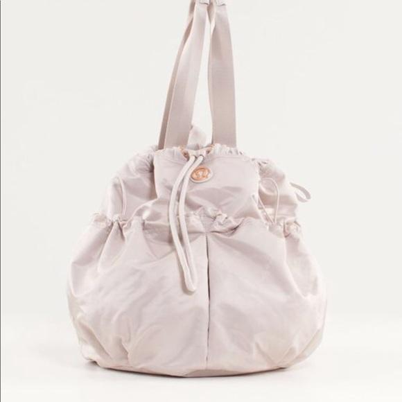 c45061fdc74 lululemon athletica Bags | Lavender Lululemon Bliss Bag | Poshmark